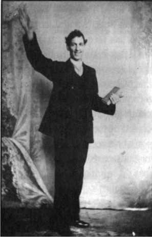 Tháng Hai, 1905