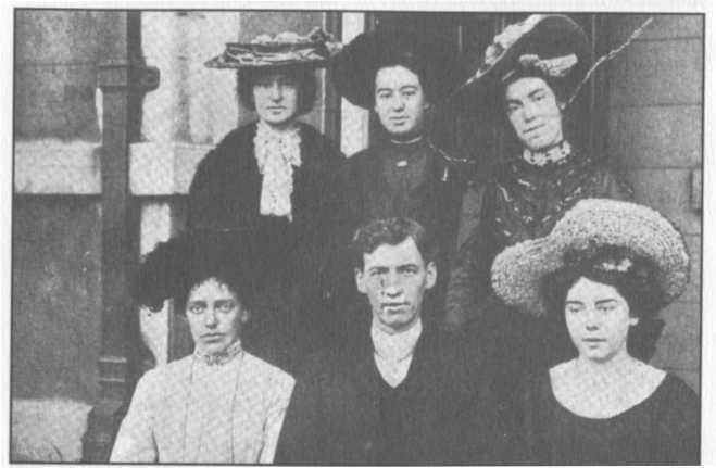 Roberts và những nữ ca sĩ của ông