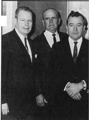 Gordon Lindsay, William Branham, và W. V Grant in Dallas, Texas, 1964